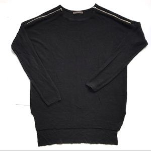 SALE🔥$24🔥BLACK THIN SWEATER WITH ZIPPER DETAIL